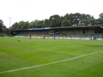 Edmund-Plambeck-Stadion