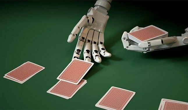 Pokerstars show how you find cheaters and bots on online tables
