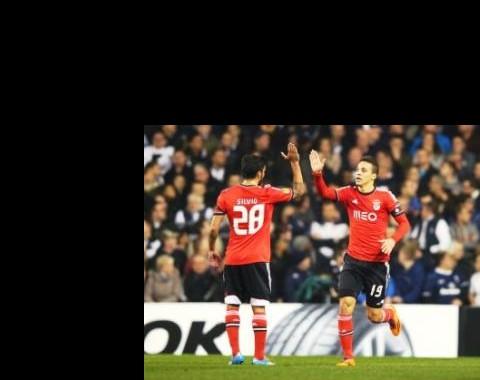 Liga Europa: Benfica com AZ; FC Porto com Sevilha