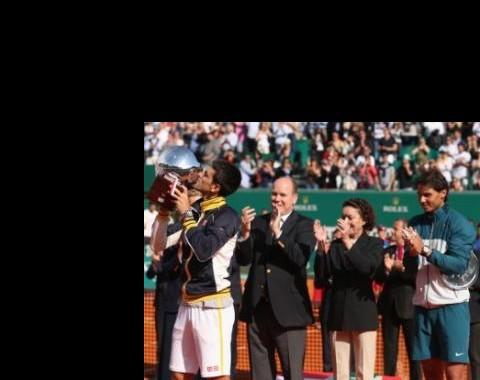"""Ténis: """"Show"""" de Djokovic em Monte Carlo agita quotas para Roland Garros"""
