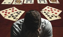 How to learn to deal with losses at the tables