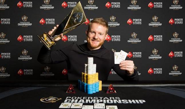 Estrela do Poker: Jason Koon