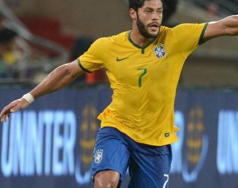 Hulk para marcar no Brasil vs Alemanha