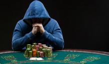 Profissionais do Poker são forçados a viajar para competir