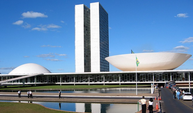 Senate issues opinion about casinos in Brazil